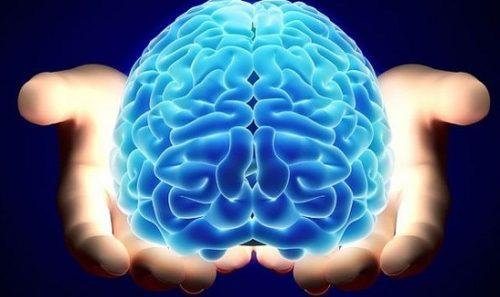 Як доглядати за людиною з хворобою Альцгеймера